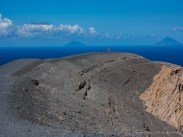 Over the edge of the crater. Vulcano, 4 settembre 2014 - Canon PawerShot G1 X, 46mm, 1/100 ƒ/5.6 ISO 100
