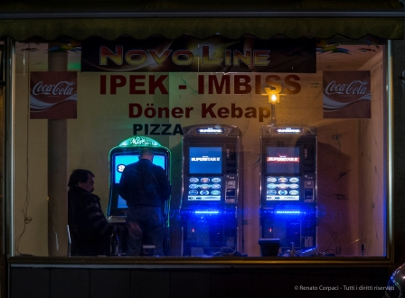 """The New Nighthawks"". Reisbach 2014. Canon G1 X, 60.4mm (15.1-60.4mm ƒ/2.8-5.8) 0,3"" ƒ/5.8 ISO 800"