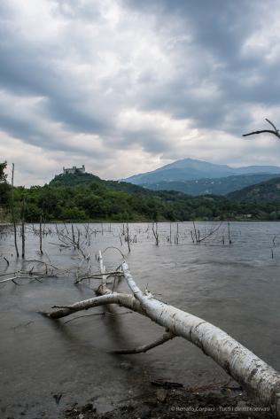 Lago di Pistono, 14.06.2015 - Nikon D810, 24mm (24.0mm ƒ/1.4) 1.0sec, ƒ/8 ISO 64