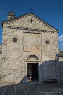 Chiesa di Sant'Eufemia. Ossuccio Lario, 27 luglio 2015. Nikon D810, 24.0mm (24.0 mm ƒ/1.4) 1/200sec ƒ/8 ISO 64