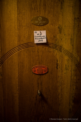 "You can't call it ""Brunello"" prior to five years total ageing, of which two years in oak cask and four months in bottle. Nikon D810, 24mm (24.0mm ƒ/1.4) 1/80 ƒ/1.4 ISO 800"