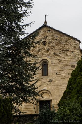 Garbagnate Monastero, Chiesa di S. Nazaro e S. Celso. Nikon 810, 105 mm (105.0 mm ƒ/2.8) 1/13 sec ƒ/8 ISO 64