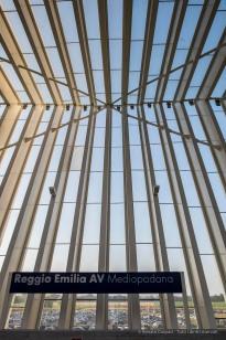 """Santiago Calatrava. Reggio Emilia, Stazione AV Mediopadana. Nikon D810, 24 mm (24 mm ƒ/1.4) 1/160"""" ƒ/6.3 ISO 64"""