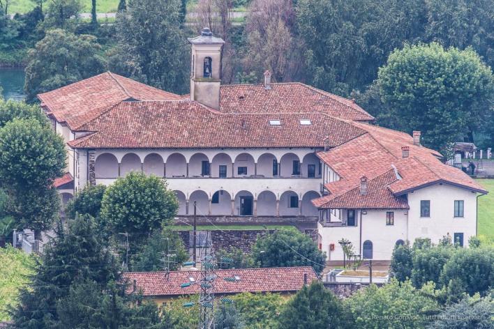 """Vista di Santa Maria del Lavello dalla Chiesa di S. Brigida d'Irlanda a Lorentino. Nikon D810, 600 mm (Sigma 150-600 mm ƒ/4.5-6.3) 1/30"""" ƒ/6,3 ISO 64"""