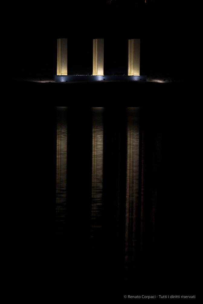 """The Sky Over Nine Columns"". Sankt Moritz, December 10th 2016. Nikon D810, 310 mm (80-400 ƒ/4.5-5.6) 1/400"" ƒ/5.6 ISO 400"