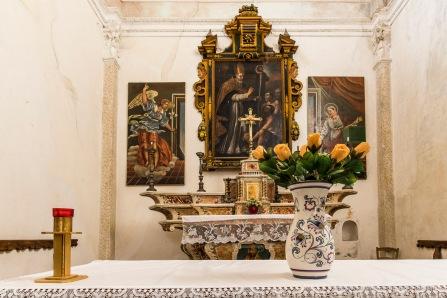 "On the main altar by an udentified artist, depicts San Gottardo about to heal a wounded man. Somasassa, Valtellina, church of San Gottardo, XVIII Century. Nikon D810, 20 mm (20 mm ƒ/1.8) 2.5"" ƒ/16 ISO 64"