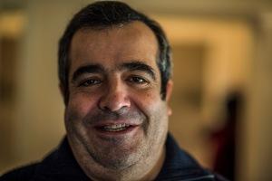 Nicola Bevilacqua, albergatore, aiuto-chef (di sua moglie). San Gimignano, gennaio 2017. Nikon D810, 85 mm (85.0 mm ƒ/1.4) 1/100 ƒ/1,4 ISO 125